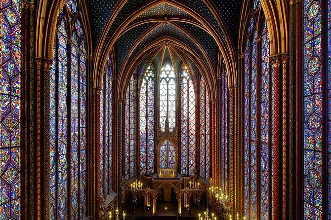 Le bellissime vetrate della Saint Chapelle. Parigi e dintorni in 5 giorni